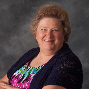 Lynette O'Donnell, Bookkeeper
